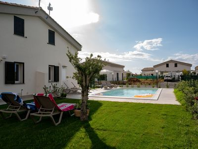 Photo for Residence Salinelle Beach VILLA SALINA 5 WITH SHARED POOL