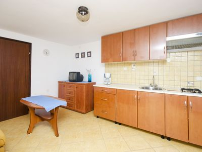 Photo for Apartments Davorka (71751-A2) - Banjole
