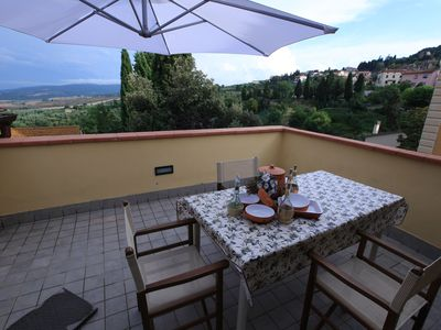 Photo for Terrace with panoramic views of the hills of Volterra, 9 beds