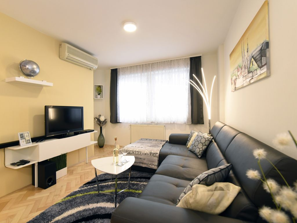 Apartment Fernando Zagreb: Apartment Fernando - your home in the ...