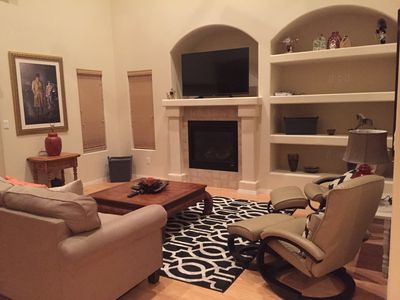 Living Room w Fireplace, TV, Cable & Internet