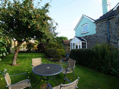Photo for Traditional cottage with a lot o character located right by the River Wye