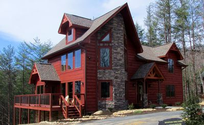 Photo for BRAND NEW LUXURIOUS 3 BR/2 BA LOG HOME, Sleeps 10, Great Views of Mt. LeConte!