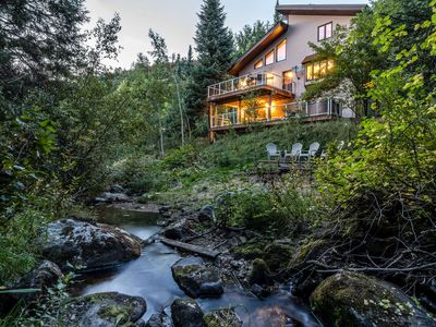 Winter Cabin Nestled in the Woods | VERY Private Hot Tub | Near Slopes