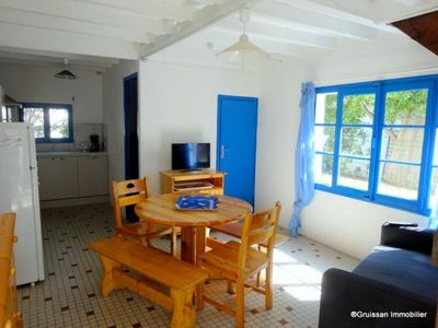Photo for Chalet Gruissan, 3 bedrooms, 5 persons