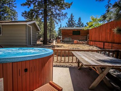 Photo for House 1.2 km from the center of Big Bear Lake with Parking, Internet, Balcony (983498)