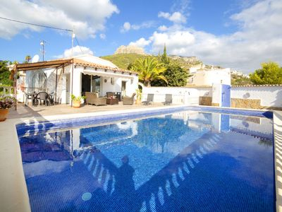 Photo for 6 bedroom Villa, sleeps 12 in Calpe with Pool, Air Con and WiFi