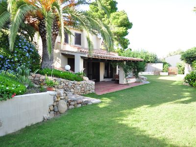 Photo for Detached villa 200m from the sea