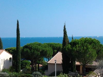 Photo for Sainte Maxime: 200 metres from the sea: quiet appartment 2 rooms - lovely sea view