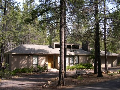 Photo for MEMORABLE SUNRIVER HOME THAT SLEEPS 8, TWO NEW BATHROOMS AND PET FRIENDLY