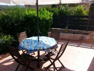 Photo for Independent apartment in villa, 400m from the beach.