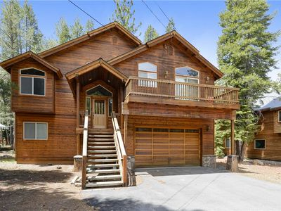 Photo for Michelucci's Dream Chalet in the Heart of Tahoe Donner! Hot Tub - Pool Table