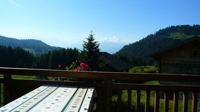 Photo for Apartment 5 pers. with terrace facing Mont Blanc - 3 room flat 5 people