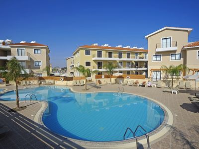 Kyklades Resort DPSAJ02-Three Bed Townhouse-Patio-Pool-Gym-Playground-Tennis-Spa