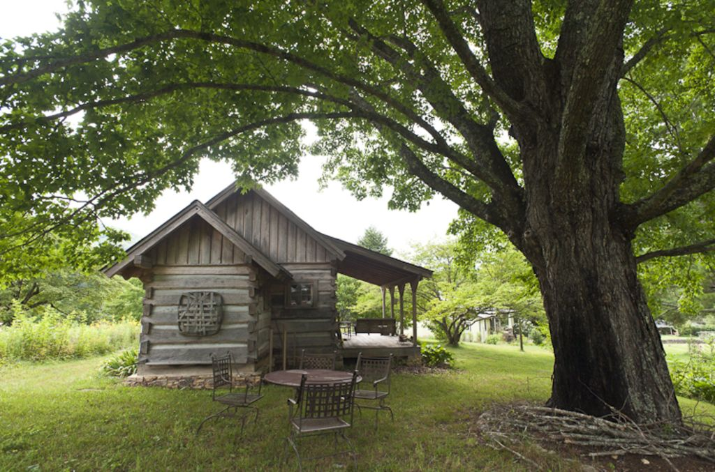 Cozy Historic Cabin Retreat Visit Trails Right Off Of