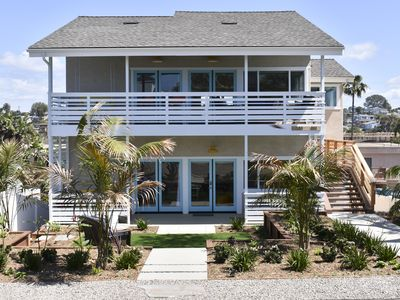 Photo for Always fresh, never fussy. Amazing ocean views, beach access, and home spaces