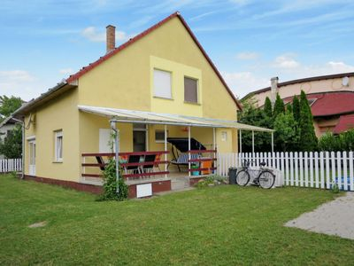 Photo for Vacation home Taube (FOD147) in Balatonfenyves - 6 persons, 3 bedrooms