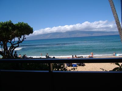 Beautiful ocean view from the lanai with Molokai in background.