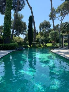 Photo for Cap d'Antibes very beautiful Zen and art deco villa, in absolute calm