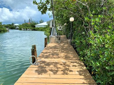 Photo for Tropical Getaway 3 beds/2 bath