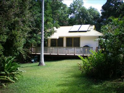 Gilligan's Beach Cottage in natural, unspoiled Moloa'a Valley