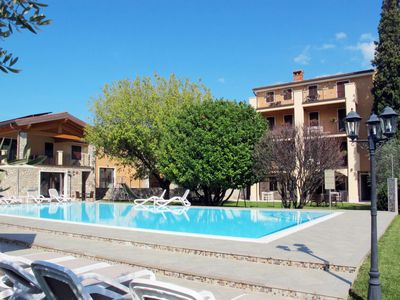 Photo for One bedroom Villa, sleeps 2 in Garda with WiFi