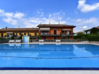 Photo for Gorgeous apartment with large pool - Apartment dei Salici