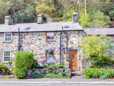 Photo for Mynydd Annedd Cottage