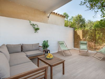 Photo for Modern Holiday Home with Balcony, Terrace, Air Conditioning & Wi-Fi
