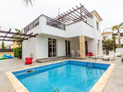 Photo for Marina Bay Villa - Modern 3 Bedroom Villa with Large Private Pool
