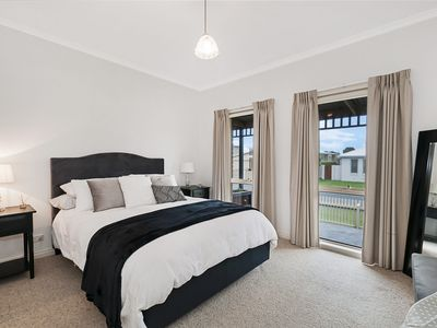 Photo for GUILDFORD COTTAGE - Port Fairy, VIC