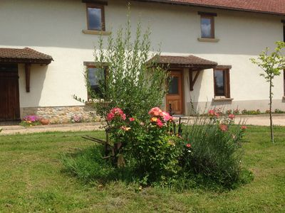 Photo for Gite in a quiet, renovated farmhouse with pool, 15 min Bourg-en-Bresse