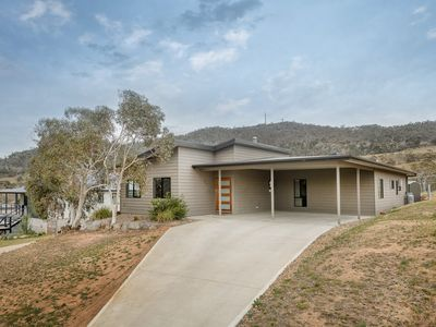 Photo for Rocky Cottage - East Jindabyne, NSW