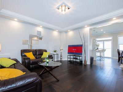 Photo for LUXURIOUS Smart House near Toronto Square One