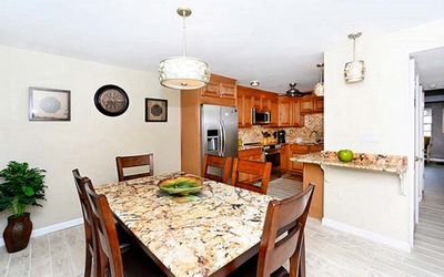 Photo for Reserve Now! Siesta key 10% off Sept and Oct