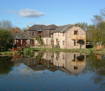 Photo for Luxury Lakeside Cottages sleep 19+ with fishing, hot tubs & health club passes