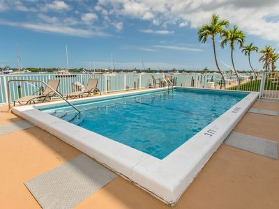 Spanish Galleon 2bed/2bath open water view condo with shared pool