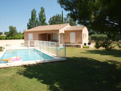 Photo for Quiet villa with private pool and air conditioning