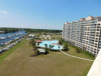 Photo for Beautifully Decorated End Unit in Yacht Club Villas! Great Views of the Waterway & Marina!