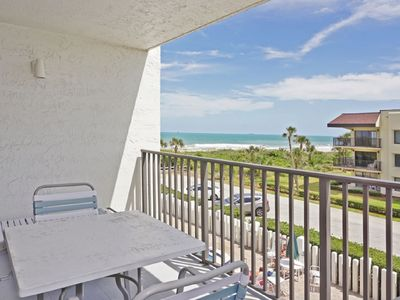 Photo for Two Bedroom Two Bathroom condo located in an OCEAN FRONT COMPLEX