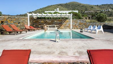 Photo for Cozy and charming Villa Petra with a swimming pool and a great sea view.