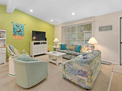 Photo for Super Clean Ocean Pines Home with Beach Club Parking Included!