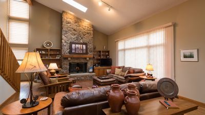Photo for The Perfect Family Home/ Corporate Retreat next to Rocky Mountain National Park