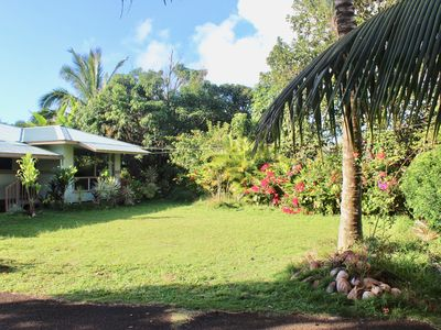 Photo for Very Quiet and private family friendly home-minutes away from the best beaches
