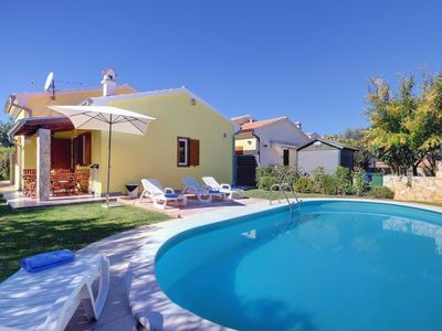 Photo for Vacation home Holiday Home Helena  in Pula/Banjole, Istria - 6 persons, 2 bedrooms