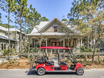 Photo for Beautiful 4 Bedroom Pet Friendly Home + 6 Seater Golf Cart!