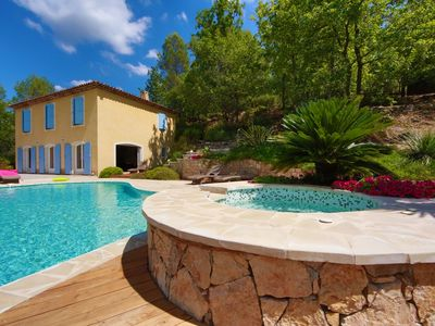 Photo for EDEN FOREST House 8 Pers. Jacuzzi Pool