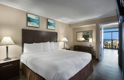 Photo for Amazing Caravelle Resort Ocean View Suite - King!
