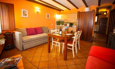 Photo for Rural apartment El Bulín de Robregordo for 2 people