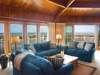 Photo for Stunning Ocean Views in this Spacious Cottage Retreat